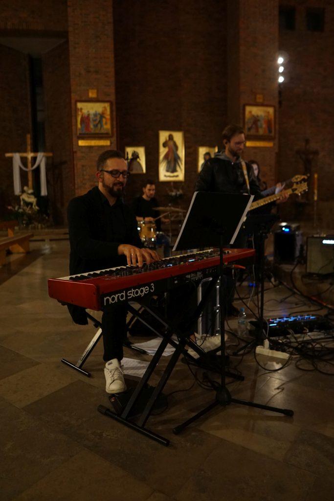 """Łukasz """"Forest"""" Piechota, Rado Pendziałek - Koncert - Warsztaty Gospel - Opole 2019"""